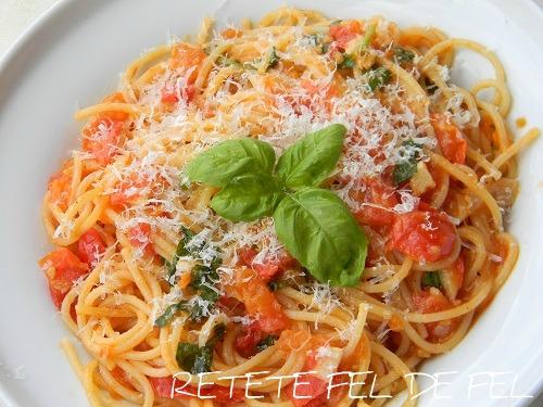 spaghete cu rosii si busuioc