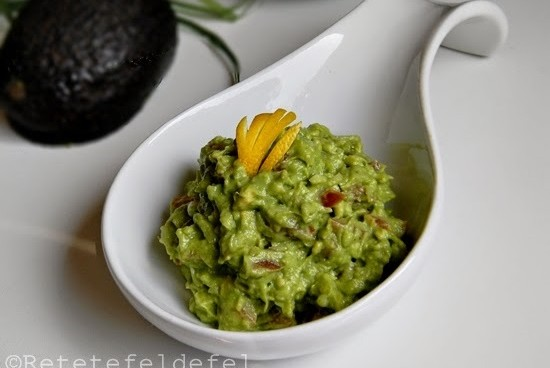 pui-si-guacamole-0311-550x368
