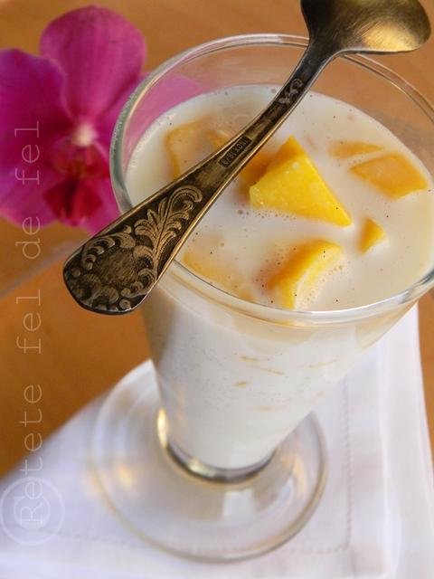 Budinca de orez cu mango si vanilie