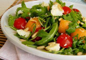 Salata de rucola cu feta si pepene galben