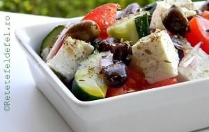 salata-greceasca-001-580x368