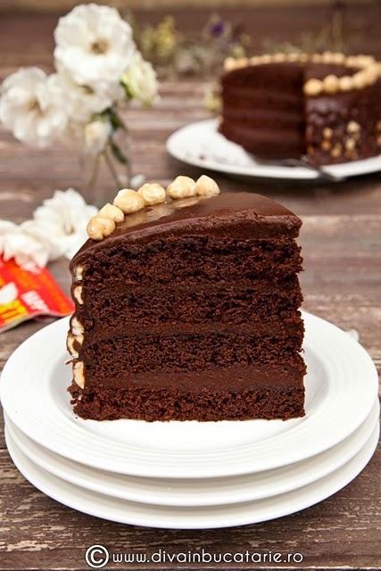 tort-de-ciocolata-cu-crema-nutella-si-alune-de-padure-003