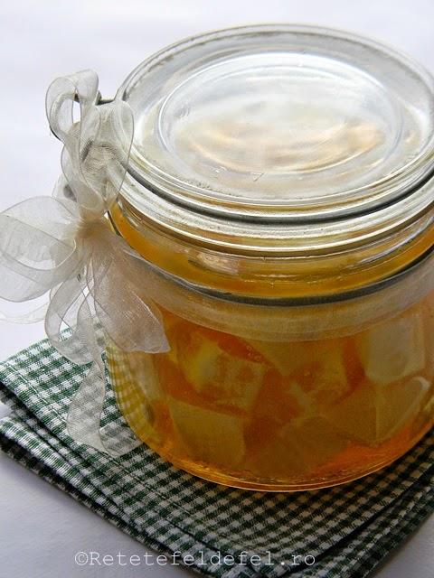 lamaie cu miere la borcan