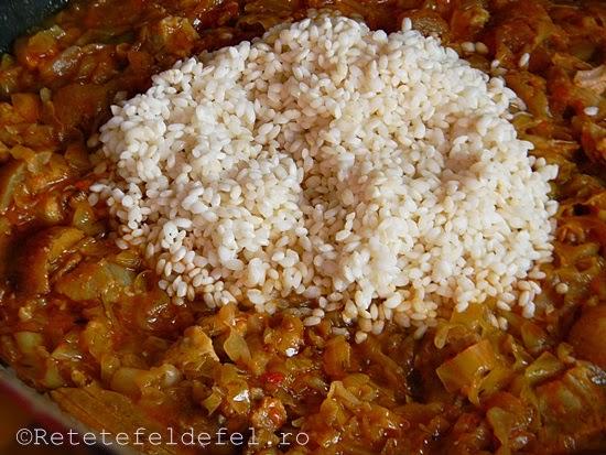 mancare de varza murata cu orez si jumari
