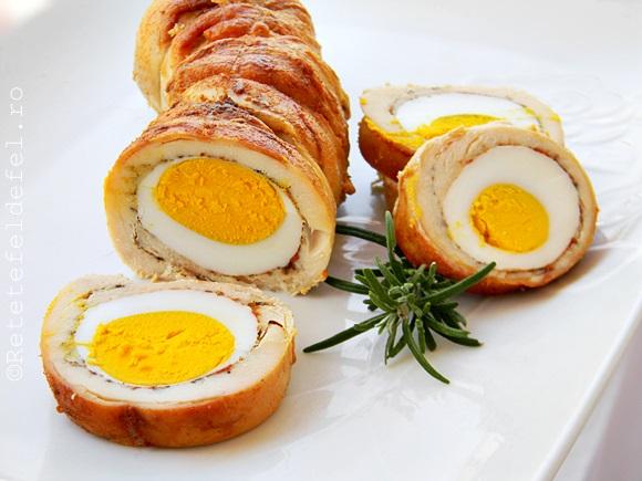 Rulada din piept de pui cu oua