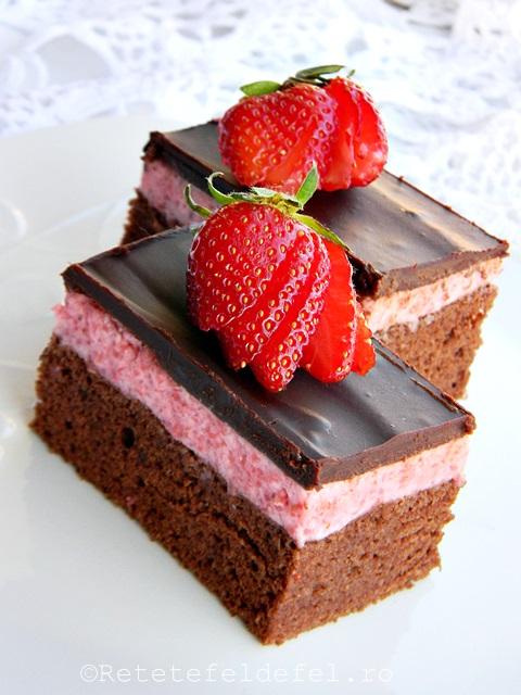 prajitura cu mousse de capsune si ciocolata 035