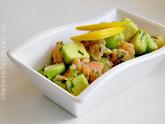 salata de avocado si somon afumat