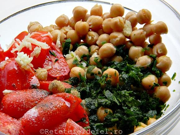 salata de naut cu rosii