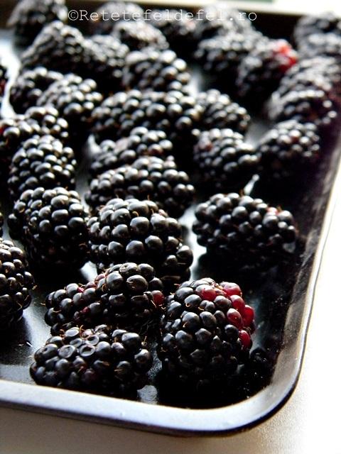 cum se congeleaza fructele mici