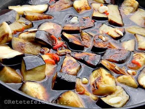 vinete chinezesti cu sos de usturoi
