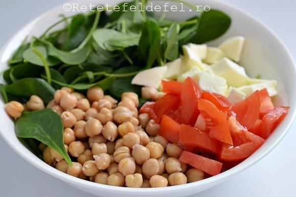 salata de naut cu spanac si mozzarella