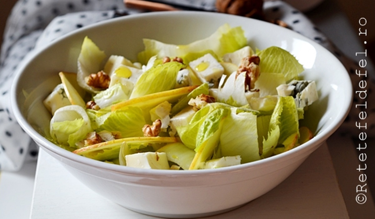 Salata de andive cu branza si nuci