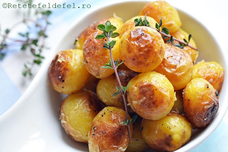 cartofi noi cu cimbrisor