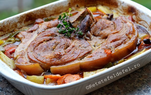 pulpa de porc cu legume la cuptor