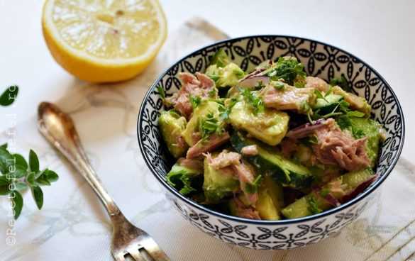 salata de avocado cu ton