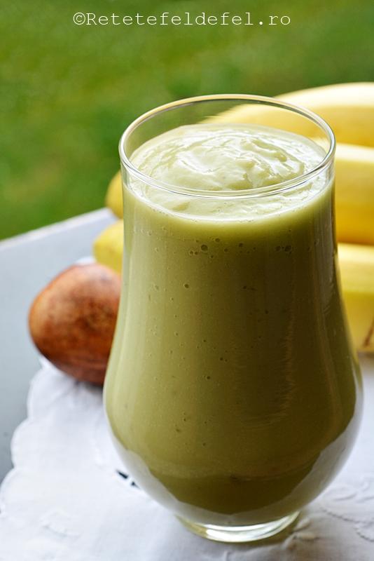 smoothie de banane si avocado