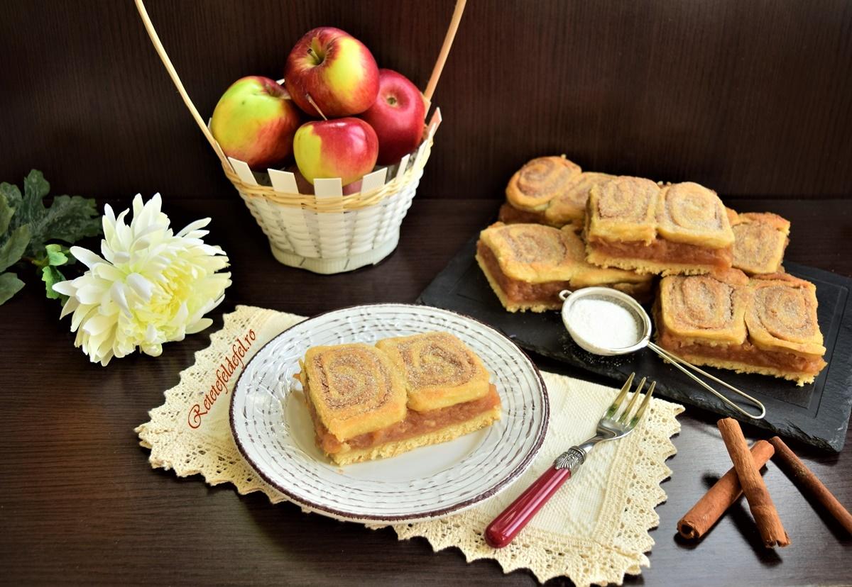 Plăcintă cu mere și aluat cu scorțișoară