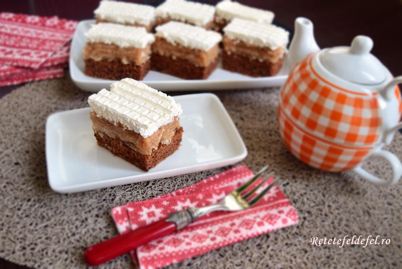 Brownie cu mere caramelizate și cremă de mascarpone