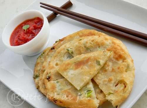 Turtite chinezesti cu ceapa verde