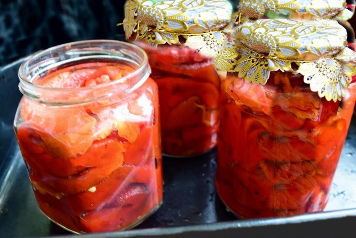 Salată de ardei copți la borcan