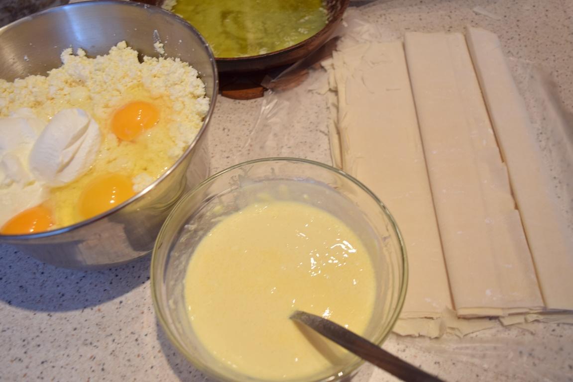 Ingrediente pentru plăcintă dobrogeană