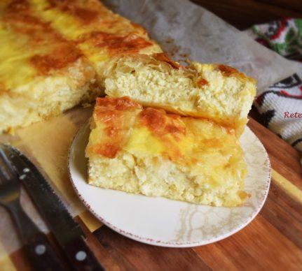 Plăcintă dobrogeană cu brânză sărată