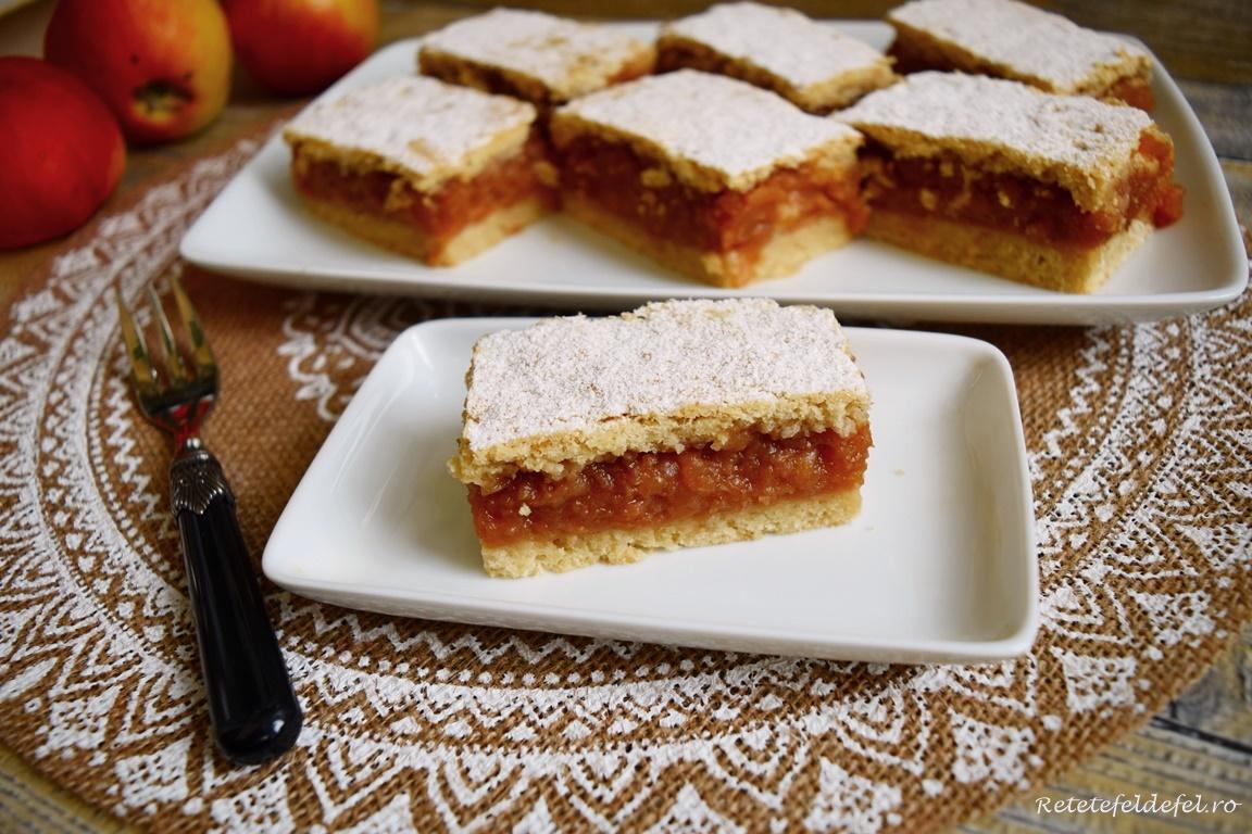Plăcintă țărănească cu mere caramelizate