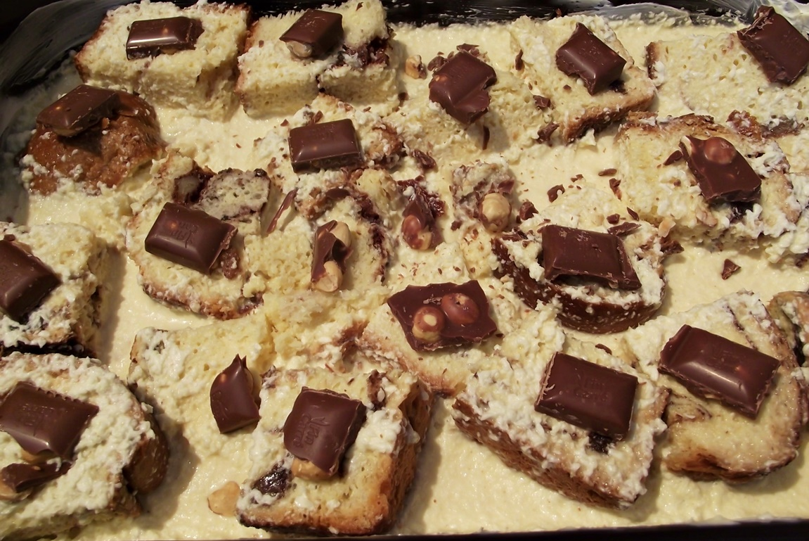 Compoziție pentru budinca de cozonac cu ciocolată