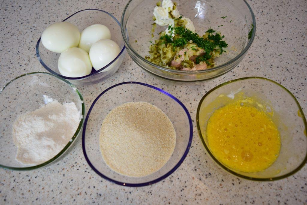 Ingrediente pentru preparat ouă pane