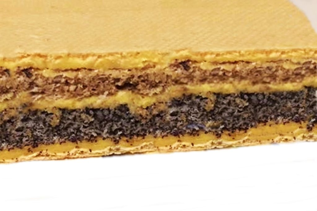Prăjitura Furnicuța cu foi de napolitană